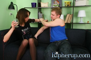 Hot chick becomes a victim of drunk guy  - XXX Dessert - Picture 3