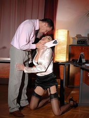 Made her drink men pissing and pee herself - Unique Bondage - Pic 12