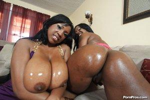 Naked big black ass