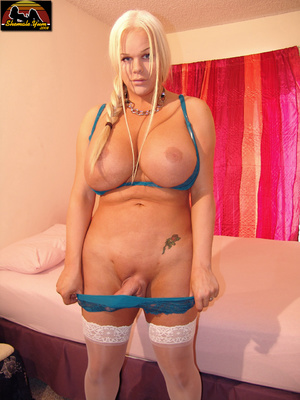 Transsexual. Shemale Yum. - XXX Dessert - Picture 4