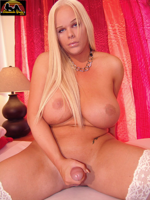 Transsexual. Shemale Yum. - XXX Dessert - Picture 12
