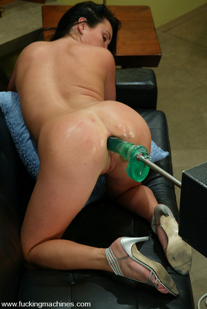 Sex machine xxx. Hot machine fucking act - XXX Dessert - Picture 9