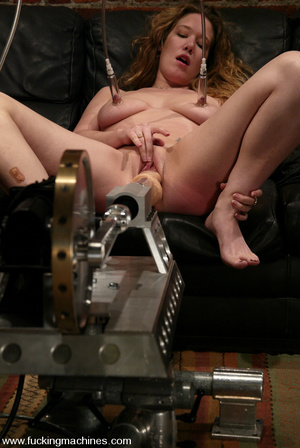 Sex machines porn. Jade Marxxx cums from - XXX Dessert - Picture 9