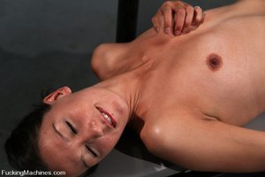 Sexmachine. Amateur machine fucked, drip - XXX Dessert - Picture 4