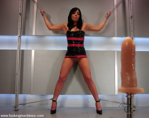 Machine fucking. Lorena Sanchez bound an - XXX Dessert - Picture 2