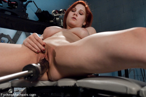 Fucking machine. Amateur red head babe w - Picture 14