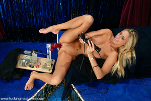 Sex machine xxx. Super sexy blonde gets  - XXX Dessert - Picture 8