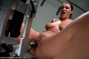 Sex machine. Charley is back for,exercis - XXX Dessert - Picture 7