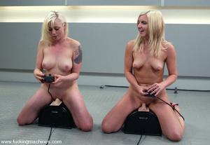 Sex machines. The Great Fuck off: Blonde - XXX Dessert - Picture 12