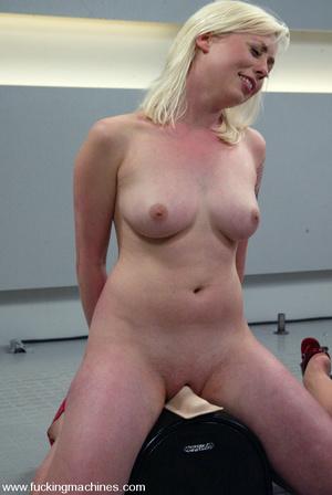 Sex machines. The Great Fuck off: Blonde - XXX Dessert - Picture 13