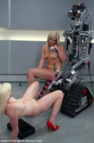 Sex machines. The Great Fuck off: Blonde - XXX Dessert - Picture 15