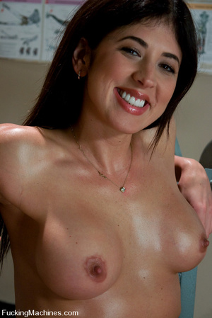 Fucking machines xxx. Gym babe sweaty oi - XXX Dessert - Picture 1