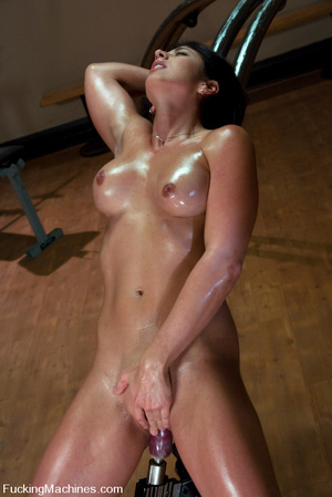 Fucking machines xxx. Gym babe sweaty oi - XXX Dessert - Picture 5