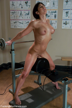 Fucking machines xxx. Gym babe sweaty oi - XXX Dessert - Picture 6