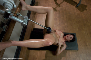 Fucking machines xxx. Gym babe sweaty oi - XXX Dessert - Picture 11