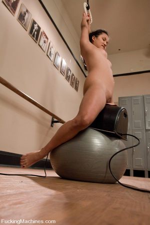 Mechanical sex machine. Flexy Asian babe - XXX Dessert - Picture 13