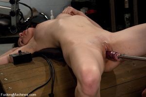 Machines sex. 19 year old amateur girl m - XXX Dessert - Picture 6