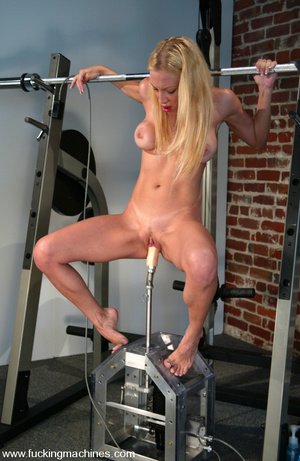Fucking machines. Samantha Sterlyng is b - XXX Dessert - Picture 14