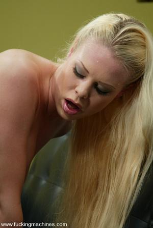 Machines sex. Leggy Blonde gets a milkin - XXX Dessert - Picture 6