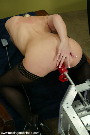 Machines sex. Leggy Blonde gets a milkin - XXX Dessert - Picture 8