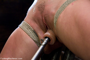 Women fucking machines. Harmony Rose, bo - XXX Dessert - Picture 8