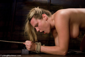Women fucking machines. Harmony Rose, bo - XXX Dessert - Picture 15