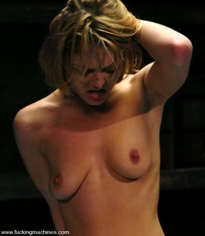Sex machines porn. Sassy Texan girl gets - XXX Dessert - Picture 14