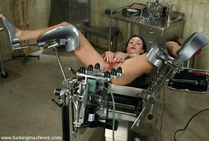 Women fucking machines. This flexible mo - XXX Dessert - Picture 12