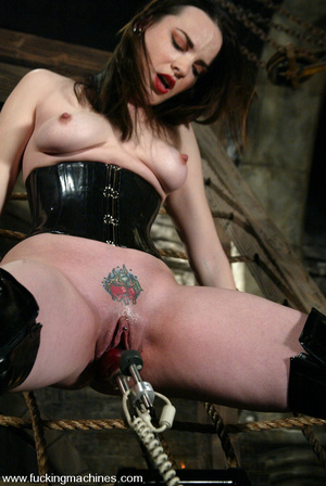 Extreme sex machines. Dana DeArmond is g - XXX Dessert - Picture 3