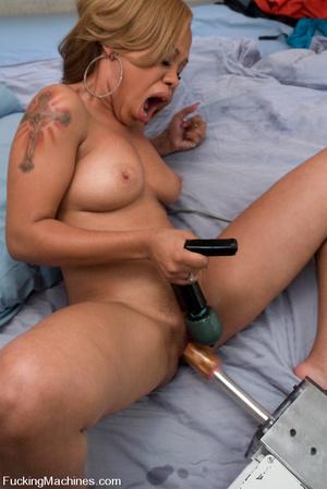 Free sex machines. Hot black babe, natur - XXX Dessert - Picture 5