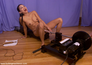 Machine fuck. When Tina comes she goes i - XXX Dessert - Picture 8