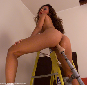 Sex machine orgasms. Catalina can't get  - XXX Dessert - Picture 6