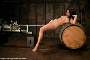 Fucking machine sex. Foxy Roxy DeVille i - XXX Dessert - Picture 11