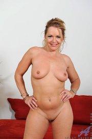 Girls nude nice voyeur swinger free