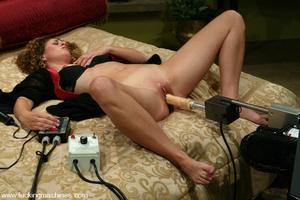 Machines fucking. Smoking hot blonde get - XXX Dessert - Picture 1
