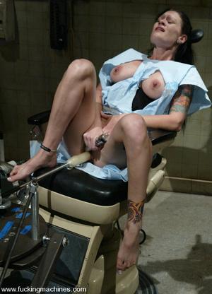 Extreme sex machines. A medical exam get - XXX Dessert - Picture 1