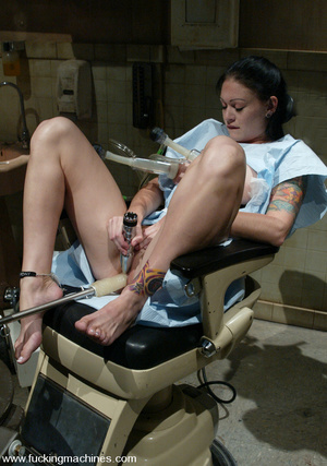 Extreme sex machines. A medical exam get - XXX Dessert - Picture 7