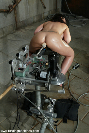 Girls sex machines. Jenya enjoys and oil - XXX Dessert - Picture 7
