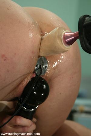 Fucking machine sex pics. Sassy girl get - XXX Dessert - Picture 10