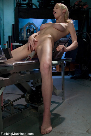 Fuck machine. Brand new amatuer girl mac - XXX Dessert - Picture 8