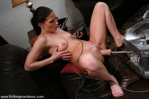 Sex machine porn. ArielX gets machine na - XXX Dessert - Picture 2
