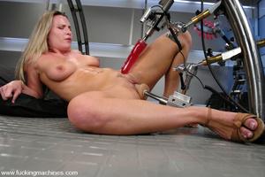 Girls sex machines. Harmony squirts, doe - XXX Dessert - Picture 2