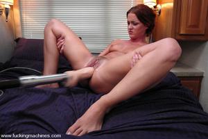 Fucking machine porn. Sara Faye squirts  - XXX Dessert - Picture 5