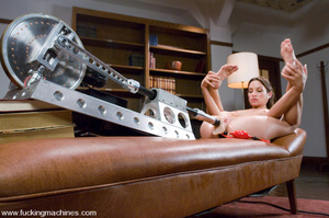 Adult sex machines. Amber Rayne gets plu - XXX Dessert - Picture 9