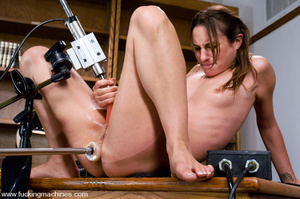 Adult sex machines. Amber Rayne gets plu - XXX Dessert - Picture 10