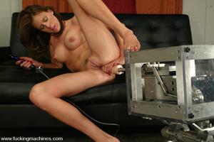 Sex machines. Audrey Leigh gets fucks ma - XXX Dessert - Picture 13