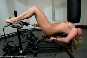 Sexmachines. All natural big tit blonde  - XXX Dessert - Picture 1