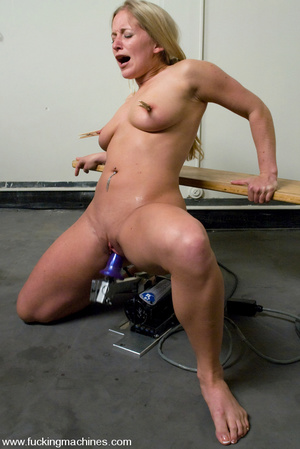 Sexmachines. All natural big tit blonde  - XXX Dessert - Picture 10