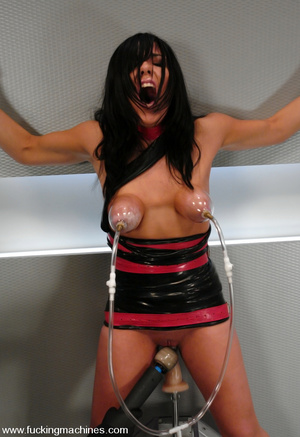 Fucking machines. Lorena Sanchez bound a - XXX Dessert - Picture 6