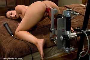 Machine sex galleries. Fuckingmachines. - XXX Dessert - Picture 5